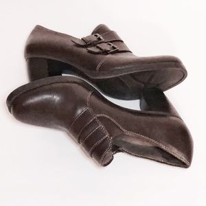 Natural Sole Size 9M Slip On Brown Shoes Shooties